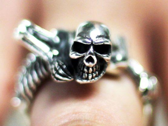 h054-totenkopf-ring-biker-silber-925-totenschadel-skull-skelett-knochenmann-herren.jpg