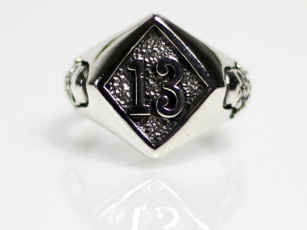 h046-ring-stempel-lucky-13-jolly-rogers-totenkopf-skull-biker-silber-925.jpg