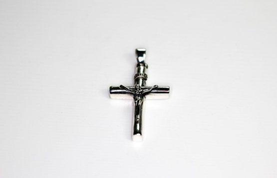 anhaenger-fuer-halskette-jesus-am-kreuz-massiv-silber-925.jpg