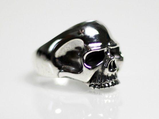 h038-totenkopf-ring-925-silber-keith-richards-harley-biker-totenschaidel-skull.jpg